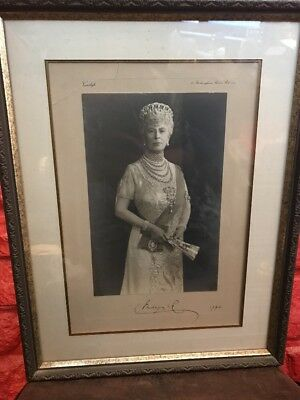 Queen Mary Signed Buckingham Palace Vandyk Photo Print Signed 1943 BD