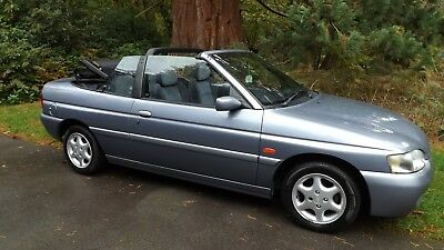 Investment/escort Ghia/cabrio, 1 Lady Owner + Demo,,85000 Miles/s.h./2 Keys Etc