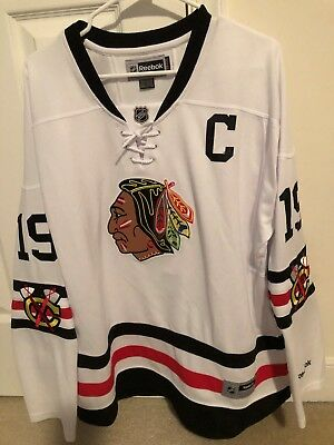 Chicago Blackhawks Jonathan Toews 2015 Winter Classic Reebok white jersey NHL