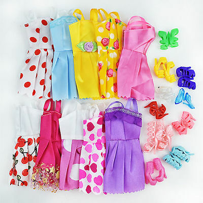 20 Items 10Pcs Wedding Fashion Gown Dresses & Clothes 10 Shoes For  Doll ~
