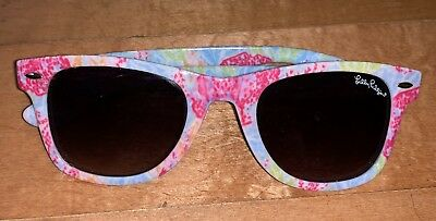 41cf187b1d NEW Lilly Pulitzer Let s Cha Cha Sunglasses 🕶 Coral Print Madeline Maddie   CUTE
