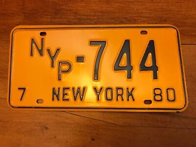 NYP-744=1980 New York license plate   Pre-Owned New York Press FREE US SHIPPING