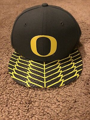 1e9588adc754c ... cheap brand new oregon ducks limited edition nike hat wings 40557 89fe4