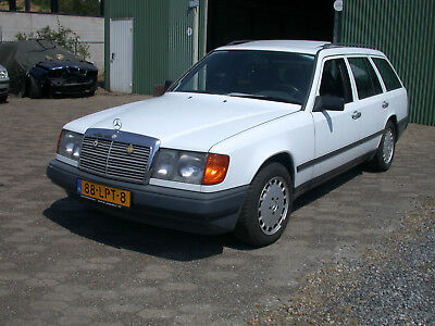 Mercedes 230 TE type W124