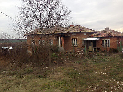 House property real estate near Dobrich and Romanian border overseas Bulgaria