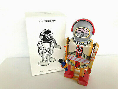 Wind Up Tin Toy Roboter ASTRO SPACE ROBOT Blechspielzeug 11cm Replika MS 297 Box
