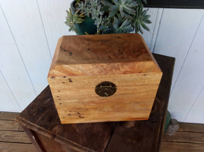 Unique Mango Timber Heirloom Gift Jewellery Box Wedding Anniversary  Striking!