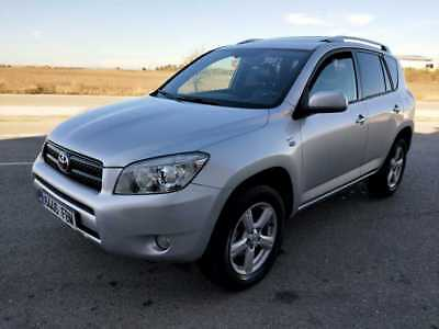 Toyota Rav4 2.2 D4D 136cv Executive 5p