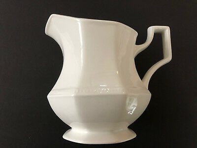 Johnson Brothers HERITAGE WHITE England A05221 - CREAMER