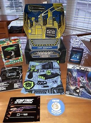 COMPLETE LOOT CRATE  Futurama and megaman and star trek JULY 2016