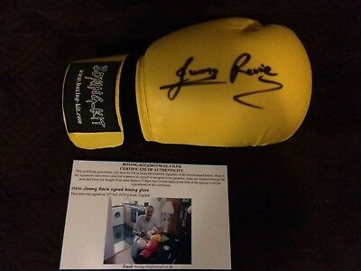 Jimmy Revie Signed Boxing Glove. Boxing Memorabilia Autograph