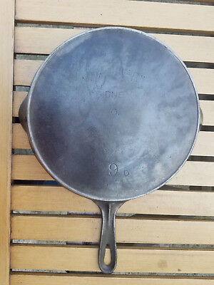 Antique Wagner Sidney O 9 D Cast Iron Skillet Arch Logo Heat Ring HTF Rare Vtg