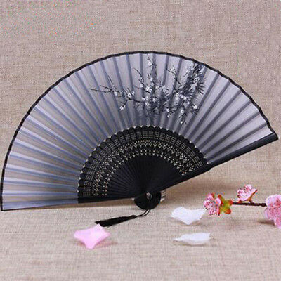 Retro Chinese Beautiful Folding Hand Held Fan Handmade Silk Bamboo Wedding Decor