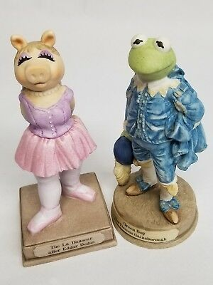 Kermit and Miss Piggy KERMITAGE porcelain statuettes by Enesco 1983 SEE PHOTOS