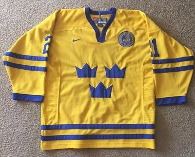 AUTHENTIC BAUER VINTAGE Team Sweden Hockey Jersey Mats Sundin  13 ... 09f920349