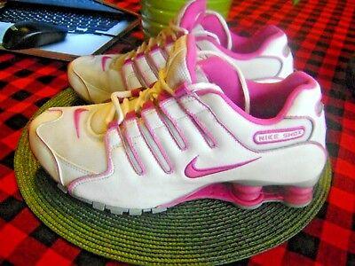 6b0f6fc070 WOMENS NIKE SHOX size 6 Hyper Blue/Pure Violet-Pink - $85.00 | PicClick