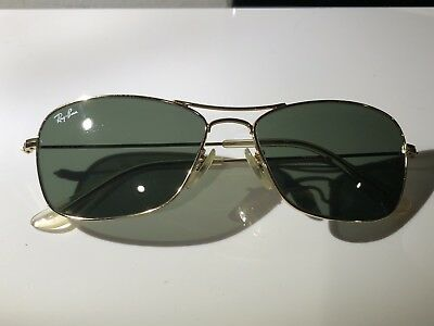 Vintage RAY BAN AVIATOR GOLD TONE METAL FRAME PILOT SUNGLASSES 33 88
