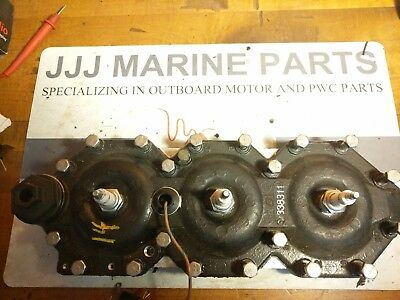 96 Johnson Evinrude 150 HP V6 stbd Cylinder Head 338311 93-06 temp sensor omc