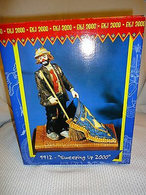 """CLOWN - EMMETT KELLY, JR. """"SWEEPIN UP 2000"""" with box price lowered"""