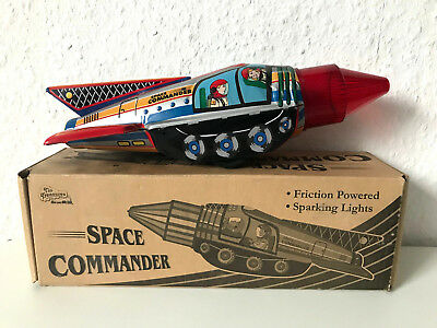 Blech Rakete Tin SPACE COMMANDER ROCKET Astronaut 25cm Friction Sparking Box