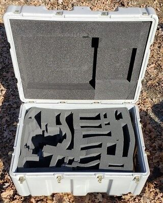 Hardigg 34 x 24 x 16 ID Hinged Lid Military Case Pelican Shipping Trunk Foam