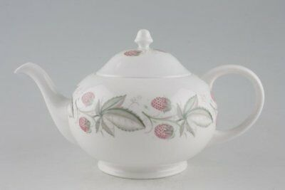 Susie Cooper - Wild Strawberry - Plain Edge - Teapot - 88748G