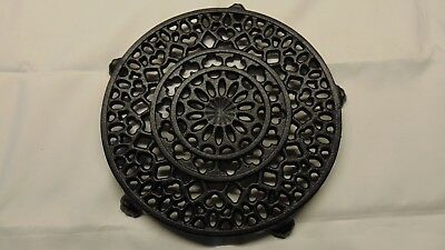 Vintage Cast Iron Griswold Trivet 1739 2 - Hard To Find
