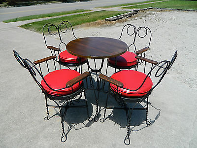 Ice Cream Parlor Set~Bistro Set~~Table and 4 Chairs