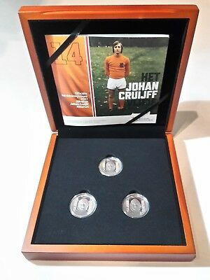 Netherlands - Soccer Legend Johan Cruijff 5 Euro Color Set Limited !!!