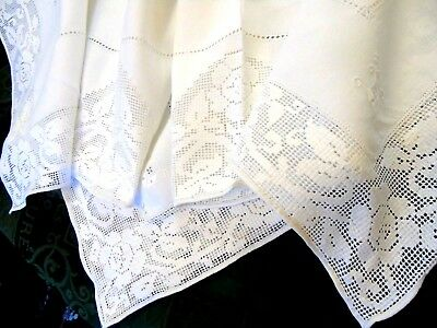 """Beautiful.Vintage,Linen Drawn Thread Work Tablecloth,Roses,38"""" x 38""""....GC"""