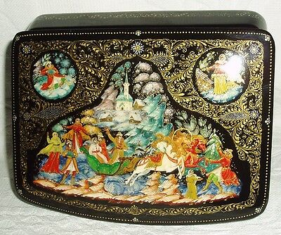 """Russian Lacquer box Palekh """" Wedding Troika carriage """" miniature Hand Painted"""