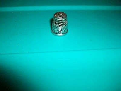 Antique Simons Bros. Thimble Grapes & Leaves Raised Rim Monogram