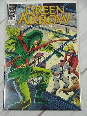 DC  GREEN ARROW (1988) 31 Bagged and Boarded - C513