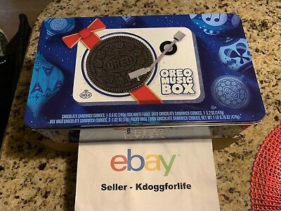 Oreo Music Box Cookie Record Player Holiday Gift Tin Collectible NEW, IN HAND!!