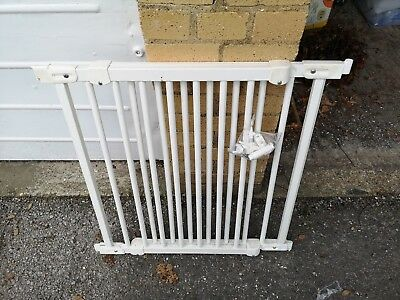 extendable child safety gate