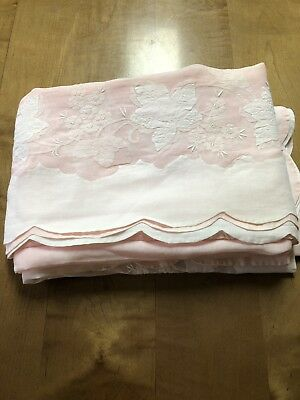 """Vintage Hand Embroidered Tablecloth Pink White 66"""" x 102"""" Banquet"""