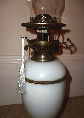Oil Lamp. 'Hinks'. With Key-Lift burner.