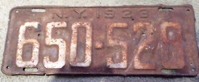 Vintage / Antique  NY 1923 License Plate # 650-528  RUSTY