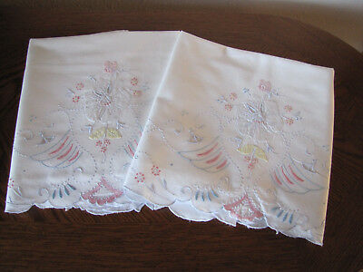 Vintage Pair Of Pillowcases Embroidered Applique & Open Work Cherry Blossoms Wow