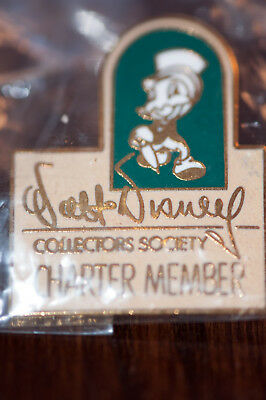 Walt Disney Collectors Society Charter Member Jiminy Cricket Pin NEW in plastic