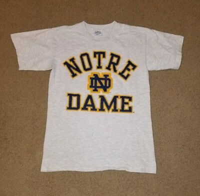 Vintage 1990s Savvy NCAA Notre Dame Fighting Irish Spell Out T Shirt Size Medium