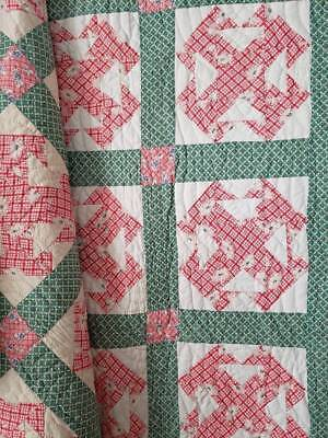 Beautiful! Vintage 30s Pink and Green Capital T QUILT