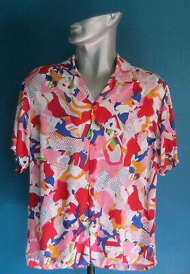 Vintage Jams World Surf Line International Men's Shirt Size Medium (Geometrical)