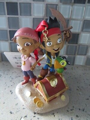 DISNEY STORE Izzy Jake and the Neverland Pirates Sketchbook Christmas Ornament!!
