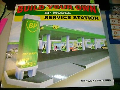 New BUILD YOUR OWN BP MODEL SERVICE GAS STATION  SNAP TOGETHER
