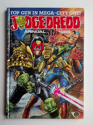 Vintage 1989 Judge Dredd Annual Unclipped H/B Collectable
