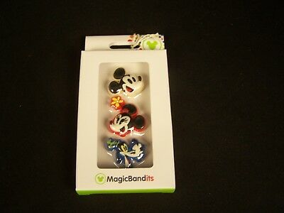 NIB Disney Magic Bandits. Set of 3 Mickey Mouse, Minnie Mouse, and Goofy!