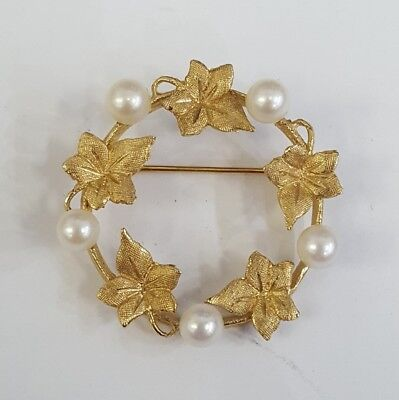 Vintage Pearl & 14K Yellow Gold Circle Brooch / Pin
