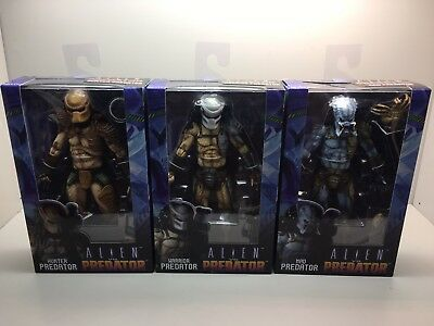 Aliens Vs Predator Arcade Set of 3 Mad Hunter & Warrior Figures NECA IN HAND!!