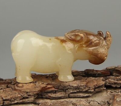 Chinese Exquisite Hand-carved rhinos carving Hetian jade statue
